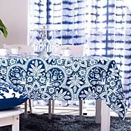 Mavi baskılı masa örtüsü