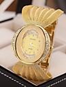 2015 New Ladies Fashion Luxury Gold Bracelet Quartz Women\'s Famous Brand Rhinestone Watches Cool Watches Unique Watches Strap Watch