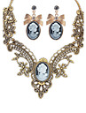 Femme Collier / Boucles d\'oreilles Bijoux Mode euroamericains bijoux de fantaisie Gemme Alliage Bijoux 1 Collier 1 Paire de Boucles