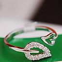 hesapli Yüzükler-Kadın's Band Yüzük - Kübik Zirconia, alaşım Leaf Shape, Kalp minimalist tarzı, Gelin 7 Altın / Gümüş Uyumluluk Düğün Parti Günlük