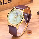 preiswerte Personalisierte Armbanduhren-Personalisierte Geschenke Beobachten, Analog Quartz Beobachten With Metall Gehäuse-Material Leder Band Wasserbeständigkeit
