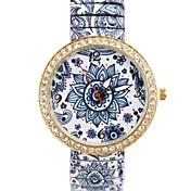 Mujer Reloj de Moda / Simulado Diamante Reloj La imitación de diamante Aleación Banda Flor Múltiples Colores
