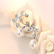 Dame Øredobber Kubisk Zirkonium Perle Hypoallergenisk Mote Perle Sølv Blad Formet Smykker Hvit og Sølv Daglig Arbeid Kostyme smykker