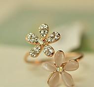 Недорогие -Женский Классические кольца Регулируется Открытые бижутерия Искусственный бриллиант Опал Сплав В форме цветка маргаритка Бижутерия