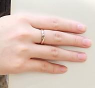 Недорогие -Жен. Классические кольца Любовь Камни по месяцу рождения бижутерия Стразы Титановая сталь Бижутерия Бижутерия Назначение Свадьба Для