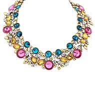 Недорогие -Женский европейский Заявление ожерелья Синтетические драгоценные камни Сплав Заявление ожерелья ,