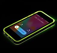 новый ТПУ привел напоминание флэш прозрачная задняя крышка чехол для iPhone 4 / 4s (ассорти цветов)