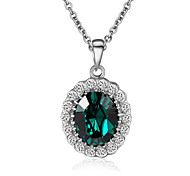 HKTC Emerald Elegant Cz Diamond Jewelry 18k White Gold Pated Green Crystal Pendants Necklaces