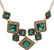 Женский Заявление ожерелья Геометрической формы Синтетические драгоценные камни Сплав Pоскошные ювелирные изделия Бижутерия Назначение