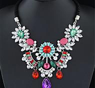 Недорогие -Женский Мода европейский Заявление ожерелья Синтетические драгоценные камни Сплав Заявление ожерелья , Свадьба Для вечеринок Повседневные