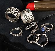 Men's Women's Ring Jewelry Unique Design Rhinestone Acrylic Geometric Circle Floral Fashion Vintage Punk Euramerican Zinc Alloy Round