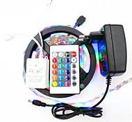 Недорогие -5 метров RGB ленты 300pcs светодиоды 1 пульт дистанционного управления 24Keys RGB Можно резать Водонепроницаемый Самоклеющиеся