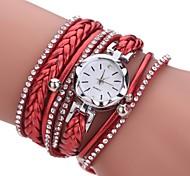 preiswerte -Damen Quartz Simulierter Diamant Uhr Armband-Uhr Chinesisch Imitation Diamant PU Band Freizeit Böhmische Elegant Modisch Schwarz Weiß
