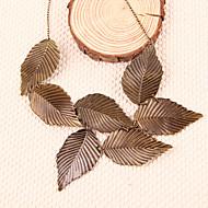 Naisten Riipus-kaulakorut Statement kaulakorut Leaf Shape Metalliseos Statement Korut Korut Varten Party