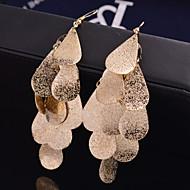 สำหรับผู้หญิง Drop Earrings ต่างหู Leaf Shape เครื่องประดับชิ้นใหญ่ ส่วนบุคคล ความหรูหรา เกี่ยวกับเจ้าสาว Festival / Holiday เครื่องประดับ สีเงิน / ทอง สำหรับ
