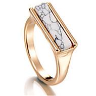 billige -Ringe Party Smykker Legering Dame Ring 1pc,En størrelse Gylden