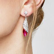 Dames Druppel oorbellen Elegant Kostuum juwelen Modieus Opvallende sieraden Kristal Legering Drop Sieraden Voor Feest Verjaardag Dagelijks