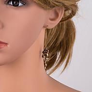 Χαμηλού Κόστους -Γυναικεία Ασημί Χρυσό Γεωμετρική Κρεμαστά Σκουλαρίκια Επιχρυσωμένο Σκουλαρίκια Flower Shape Ευρωπαϊκό Κοσμήματα Χρυσό Για Καθημερινά 1 Pair