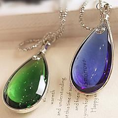 Χαμηλού Κόστους Κολιέ-ευρώπη (κόσμημα πτώση) μπλε διαμάντι κολιέ με κράμα ασημένια μενταγιόν (μπλε, πράσινο) (1 τεμ)
