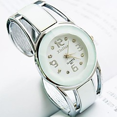 cheap Bracelet Watches-Women's Quartz Bracelet Watch Casual Watch Alloy Band Vintage Fashion Bangle Black White Blue