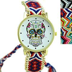 preiswerte Damenuhren-Damen Quartz Armbanduhr Modeuhr Armbanduhren für den Alltag Stoff Band Charme Totenkopf Schwarz Mehrfarbig
