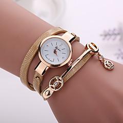 preiswerte Tolle Angebote auf Uhren-Damen Quartz Armbanduhr Armbanduhren für den Alltag PU Band Böhmische / Modisch Schwarz / Blau / Rot / Orange