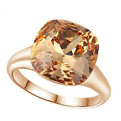 billige Ringe-Dame Krystal Statement Ring - Simuleret diamant, Legering Luksus, Mode En størrelse Rød / Lysebrun Til Bryllup / Fest
