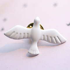 유럽 스타일의 패션 빈티지 금속 아트 신선한 흰색 평화 비둘기 브로치 (싱글)