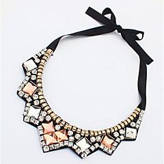 preiswerte Halsketten-Damen Kristall Geometrisch Statement Ketten - Strass Luxus Regenbogen Modische Halsketten Schmuck Für Party