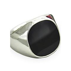 Miesten Tyylikkäät sormukset Synteettinen Sapphire Gemstone Black Muoti Vintage Punk-tyyli minimalistisesta Personoitu Synteettiset