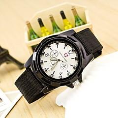 preiswerte Tolle Angebote auf Uhren-Herrn Armbanduhr Quartz Designer / schweizerisch Stoff Band Analog Freizeit Schwarz / Blau / Grün - Schwarz Grün Blau