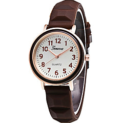 preiswerte Damenuhren-Damen Quartz Armbanduhr / Armbanduhren für den Alltag Silikon Band Freizeit Modisch Cool Schwarz Weiß Blau Orange Braun Grün Rosa Lila