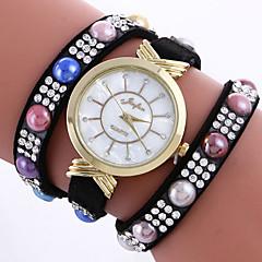 preiswerte Damenuhren-Damen Armband-Uhr Leder Band Charme / Böhmische / Perlen Schwarz / Weiß / Rot
