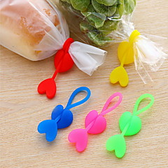 Silicone Heart Shaped Sealing Belt(Random Color)