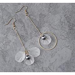 preiswerte Ohrringe-Damen Tropfen-Ohrringe - Anhänger Stil, Nicht übereinstimmen Weiß Für Alltagskleidung / Danke / Kleid