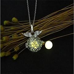 preiswerte Halsketten-Damen Anhängerketten / Medaillon Halskette - Modisch, leuchtend Orange, Hellblau, Leicht Grün Modische Halsketten 1 Für Weihnachten, Bar