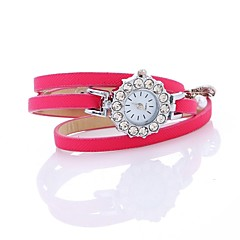 preiswerte Damenuhren-Damen Armband-Uhr Chinesisch Armbanduhren für den Alltag / Imitation Diamant PU Band Böhmische / Perlen Schwarz / Weiß / Blau / Ein Jahr