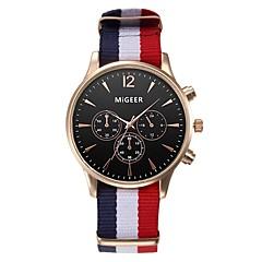 preiswerte Herrenuhren-Herrn / Damen Armbanduhren für den Alltag / Modeuhr Chinesisch Chronograph Stoff Band Elegant Schwarz / Weiß / Blau / Edelstahl / SSUO LR626