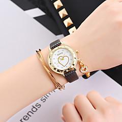 preiswerte Damenuhren-Damen Armbanduhr Chinesisch Armbanduhren für den Alltag Leder Band Heart Shape / Modisch Schwarz / Weiß / Blau