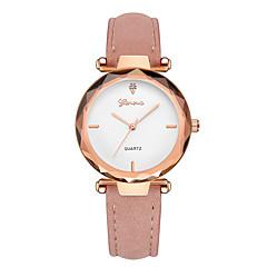 preiswerte Damenuhren-Geneva Damen Armbanduhr Chinesisch Neues Design / Armbanduhren für den Alltag / Cool Leder Band Freizeit / Modisch Schwarz / Rot / Grün