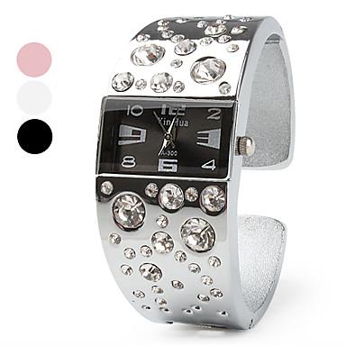 Dam Modeklocka Armbandsur Armbandsklocka Simulerad Diamant Klocka Quartz Diamant Imitation Band Armring Silver