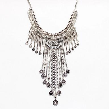 Dame Coliere cu Pandativ Coliere Bijuterii Aliaj Bijuterii La modă Personalizat Euramerican Declaratie de bijuterii Argintiu Bijuterii