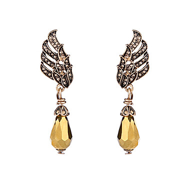Kadın's Halka Küpeler Kristal Eşsiz Tasarım Kişiselleştirilmiş sevimli Stil Euramerican Mücevher Uyumluluk Düğün Parti Doğumgünü