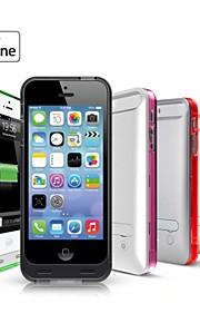 Ifans ® MFI 2400mAh lyn stik power bank backup tilfældet med stativ til iPhone 5 5s (5V 500mA, assorterede farver)